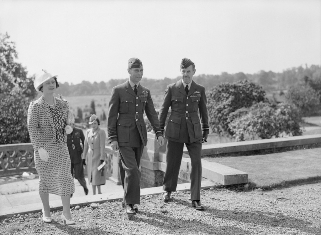 12.Dowding-with-HM-Sept-1940
